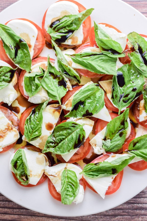 Overhead shot of the scrumptious and easy caprese salad