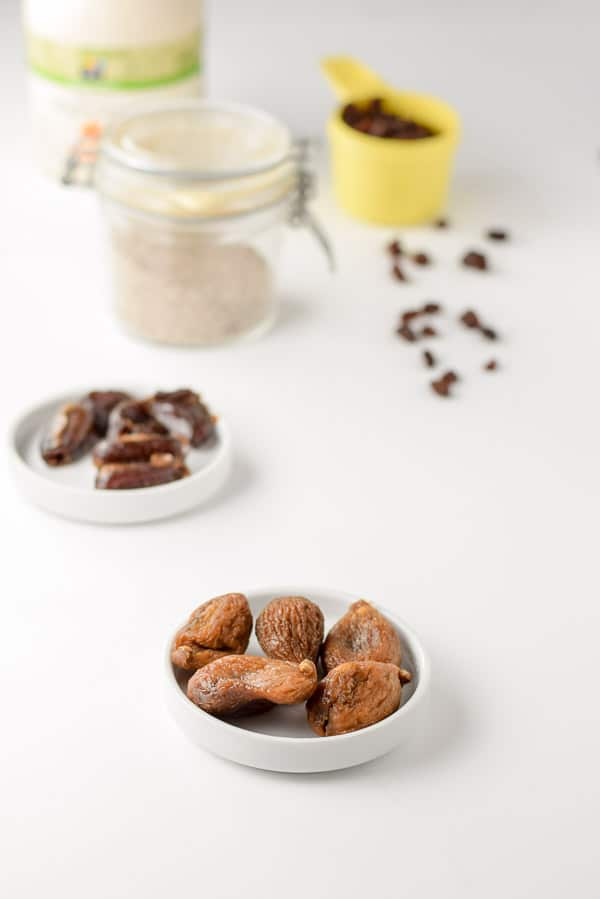 Figs, Dates, chia seeds and raisins for the almond butter nutty granola bar