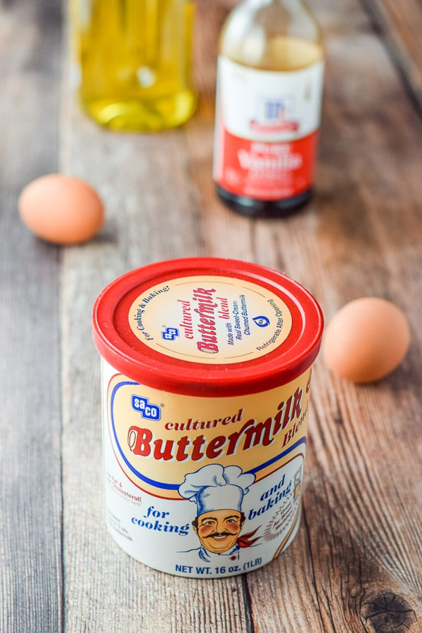 Dried buttermilk eggs, vanilla and oil for the satisfying cinnamon bread