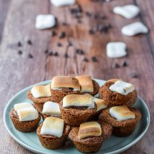 Another view of the plate of mini s'mores cookie muffins