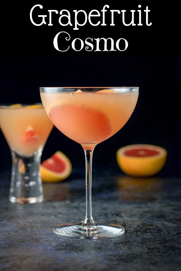 The robust flavors of the grapefruit juice combined with the taste of the premium vodka and Cointreau make this ruby red grapefruit cosmo is so delicious that it will be a big hit at your next party! #cosmo #grapefruitcosmo #grapefruit #dishesdelish http://ddel.co/rby-cosmo