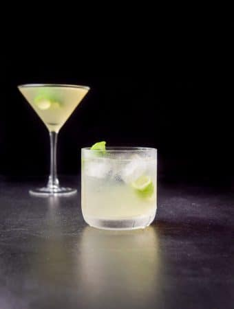 Vertical view of the French gimlet in the old fashioned glass