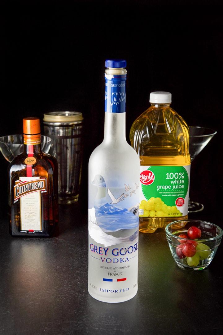 Vodka, Cointreau, white grape juice and grapes for the white grape cosmo